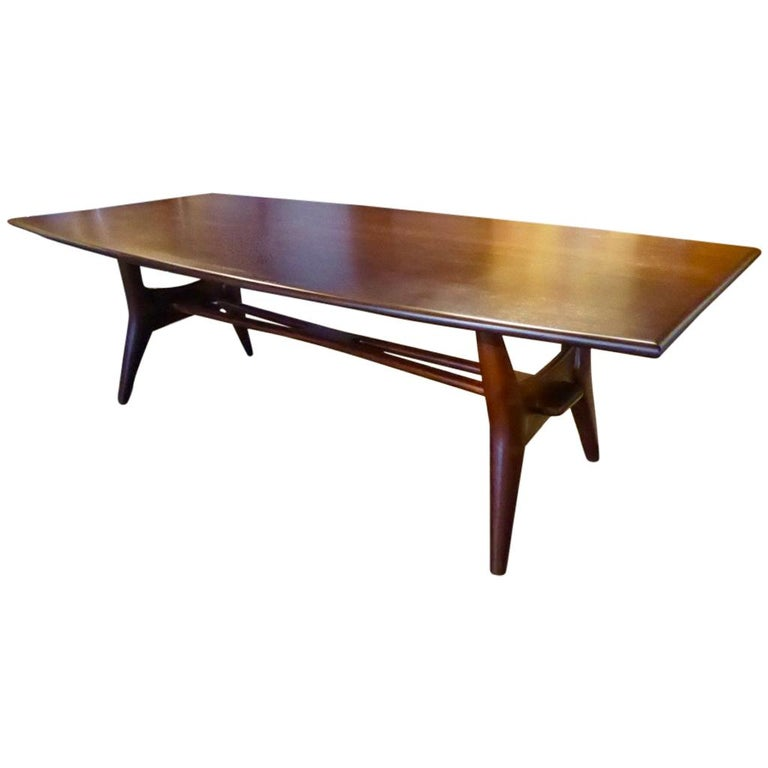 Solid Mahogany Dining Table Attributed to Monteverdi-Young, circa 1950s For Sale