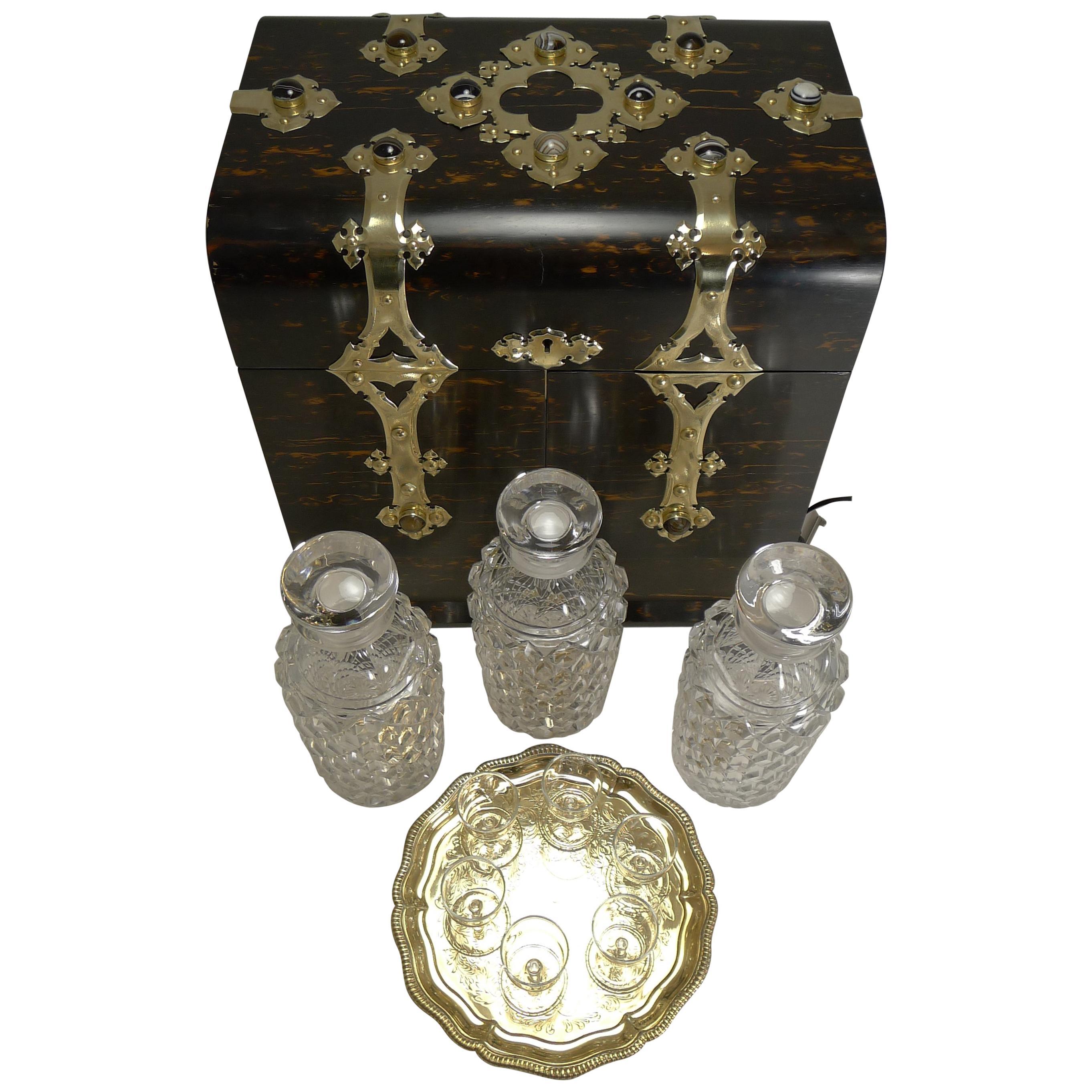 Fine Antique English Coromandel Decanter / Drinks Box, circa 1880