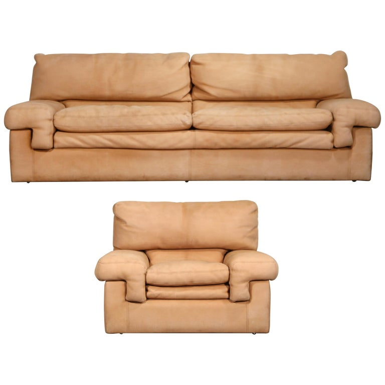 Roche Bobois Sofa and Armchair in Nude Leather with Natural Finish, circa 1980s For Sale