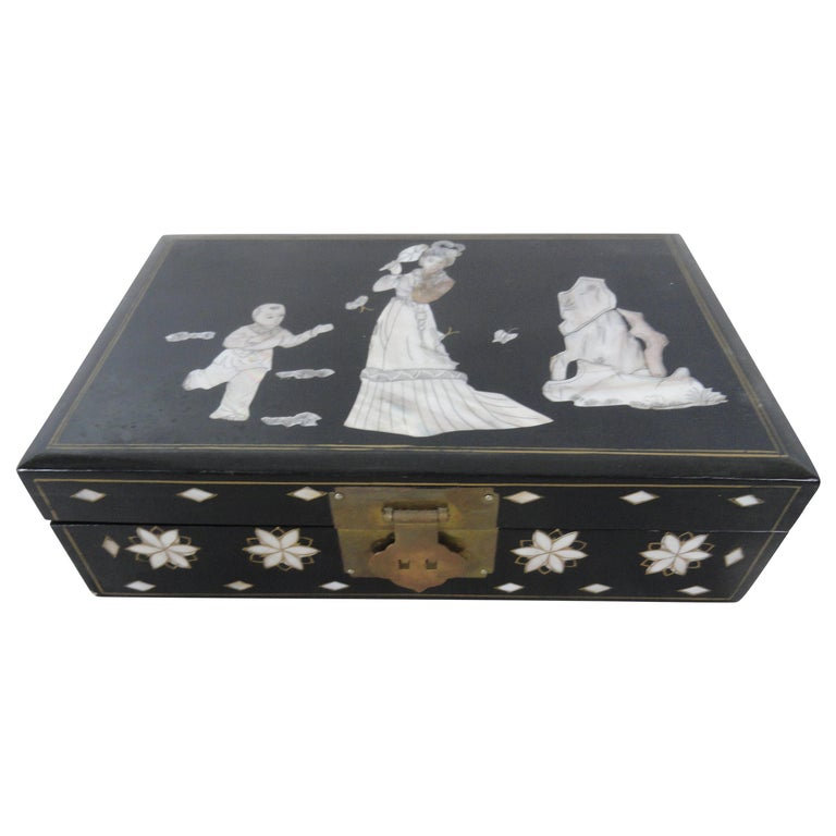 Early 20th Century Jewelry Box For Sale