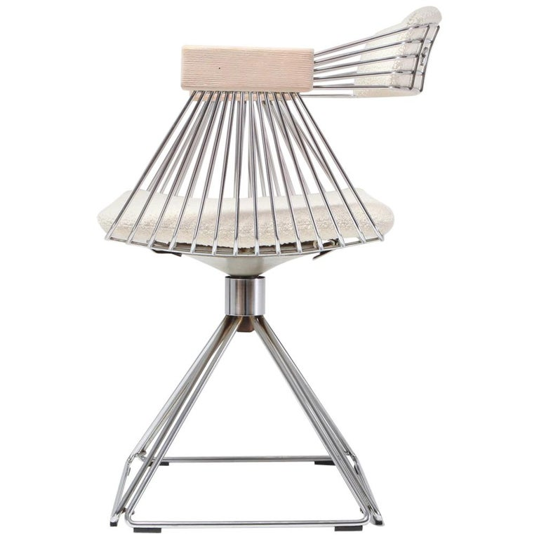 Mid Century Modern Novalux Swivel Chair With Off White