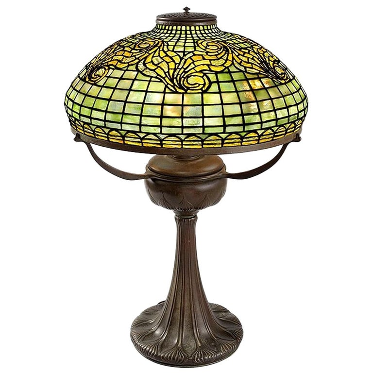 Tiffany Studios 'Tyler' Table Lamp For Sale