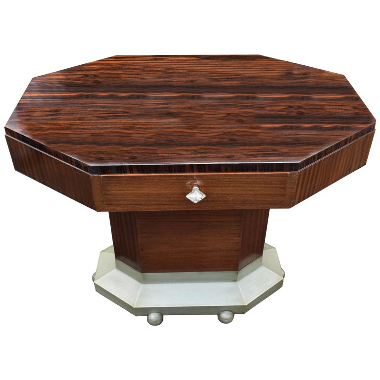 Art Deco Modernist Center Table in Ebony Macassar, circa 1935 For Sale