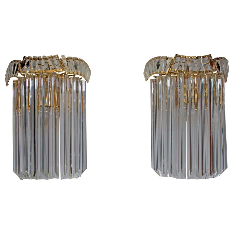 """Pair of Venini Midcentury Brass and Murano Glass """"Triedri"""" Sconces, 1970s For Sale"""