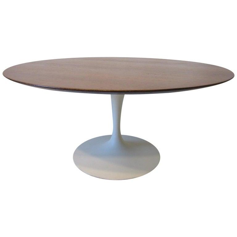 Eero Saarinen 'Rare' Tea Height Tulip Table for Knoll International For Sale