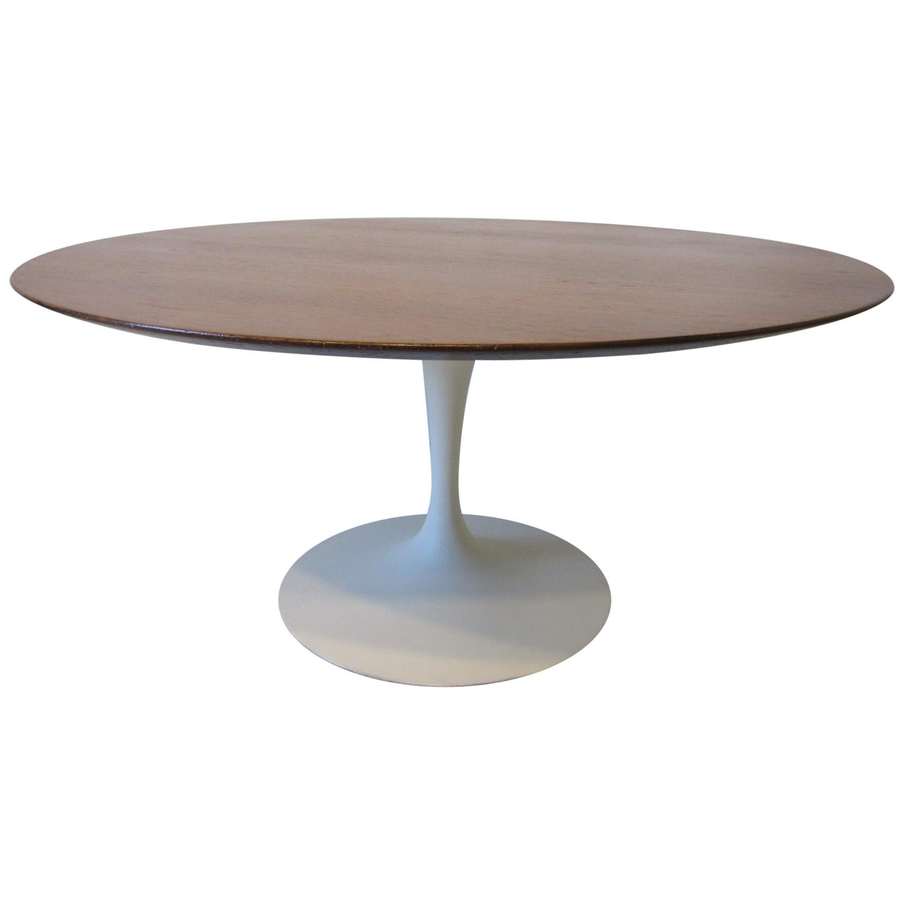 Eero Saarinen U0027Rareu0027 Tea Height Tulip Table For Knoll International ...