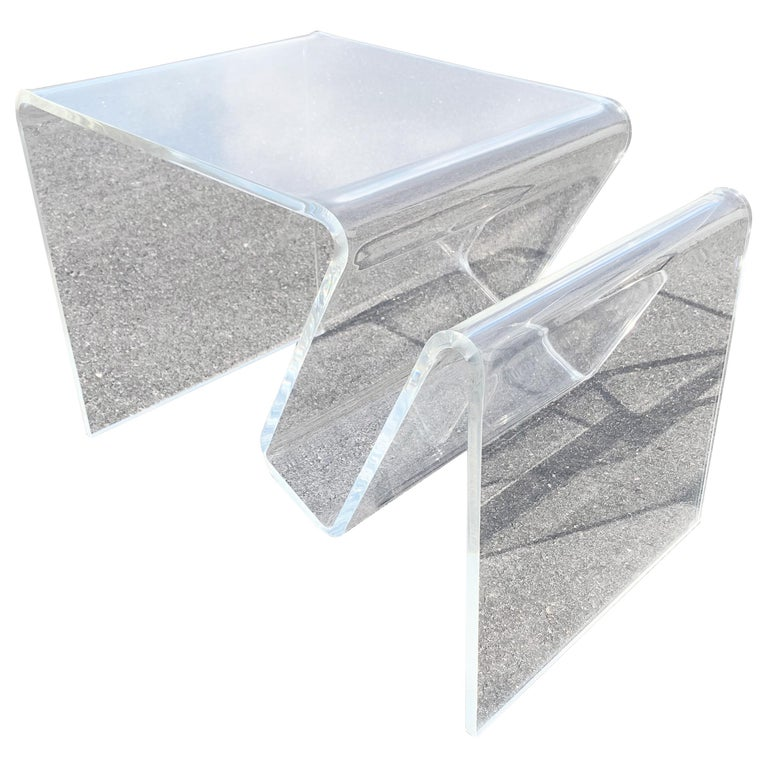 Mid-Century Modern Lucite Magazine Rack Table For Sale
