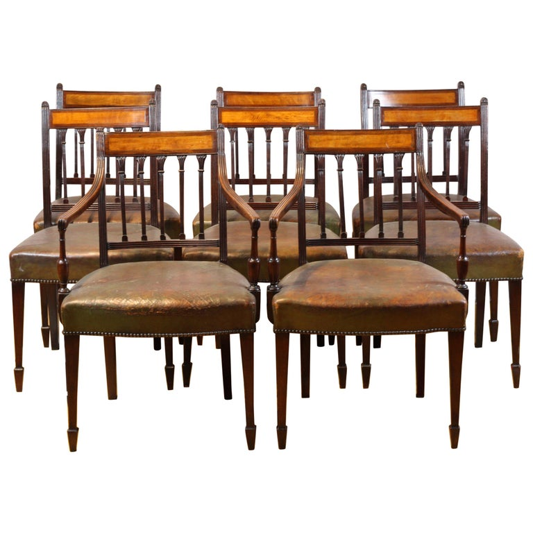 Set of 8 English George III Dining Chairs circa 1780, Mahogany and Satinwood For Sale