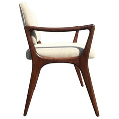 Sculptural Walnut Dining Chairs in the Style of Gio Ponti