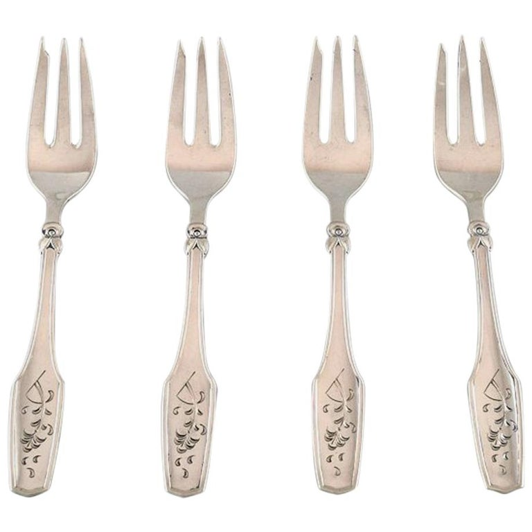 Danish Silversmith, Set of 4 Cake Forks in Silver, 1930 For Sale