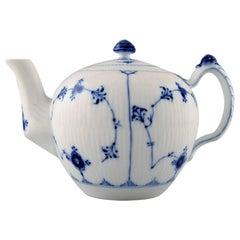 Bing & Grondahl/B&G, Blue Fluted, Teapot