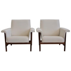Pair of White Armchairs with Wooden Frame