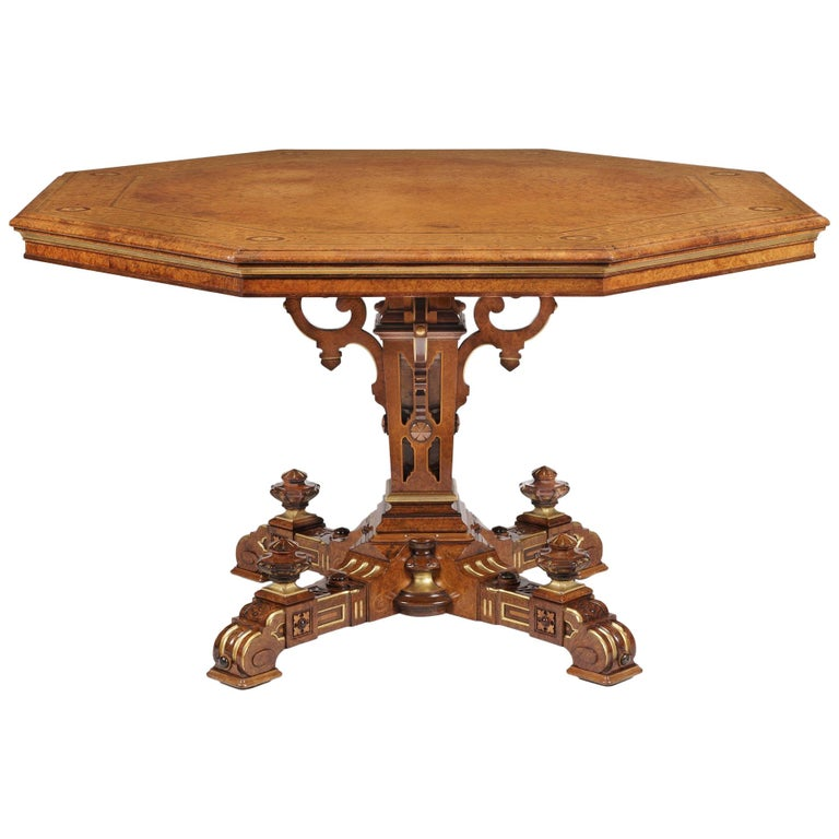 Mid-19th Century Amboyna Octagonal Centre Table For Sale