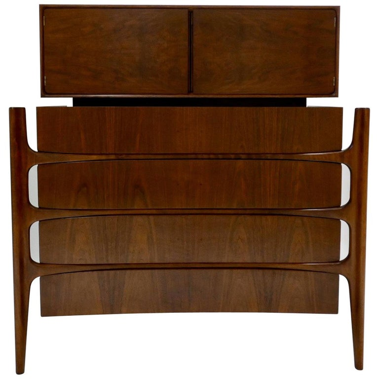 Impressive William Hinn Swedish Book-matched Gentlemen's Chest with Top Cabinet For Sale