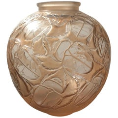 1923 René Lalique Gros Scarabees Vase Frosted Glass Stain, Beetles