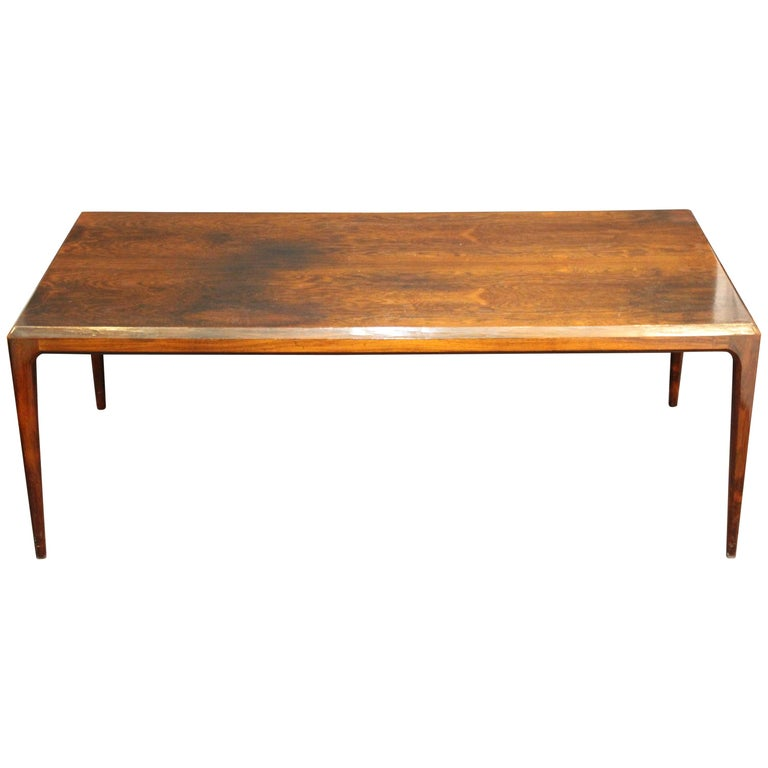 Danish Mid-Century Modern Coffee or Cocktail Table For Sale