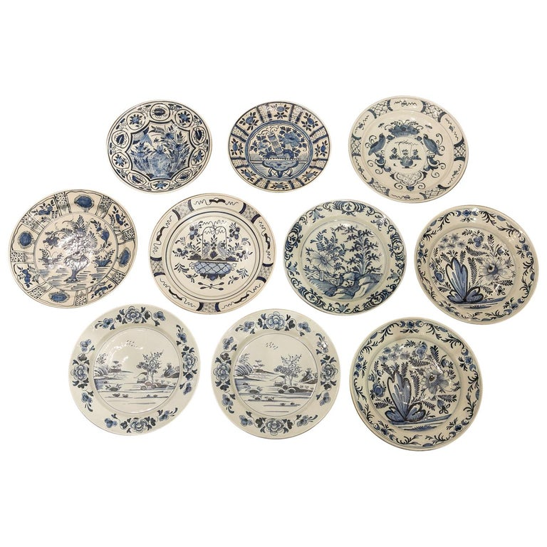 10 Delft chargers, late 18th century, offered by Bardith