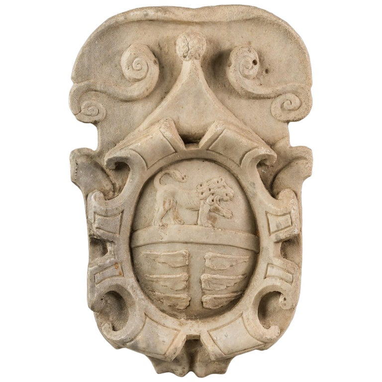 17th Century Italian Noble Coat of Arms, White Marble Italy Baroque Garden Stone For Sale