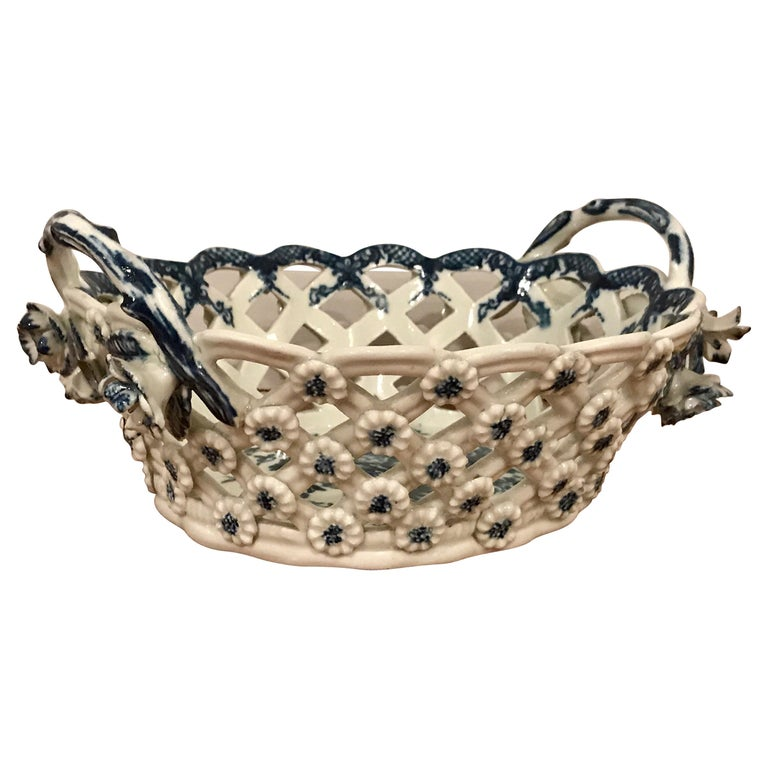 Dr. Wall Period Worcester Porcelain Blue and White Basket For Sale