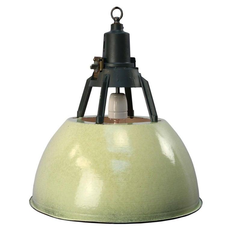 Green Enamel Vintage Industrial Pendant Lights (5x) For Sale