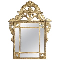 French Regence Period, Hand Carved Gilt-Wood Front-Top Mirror, circa 1715-1723