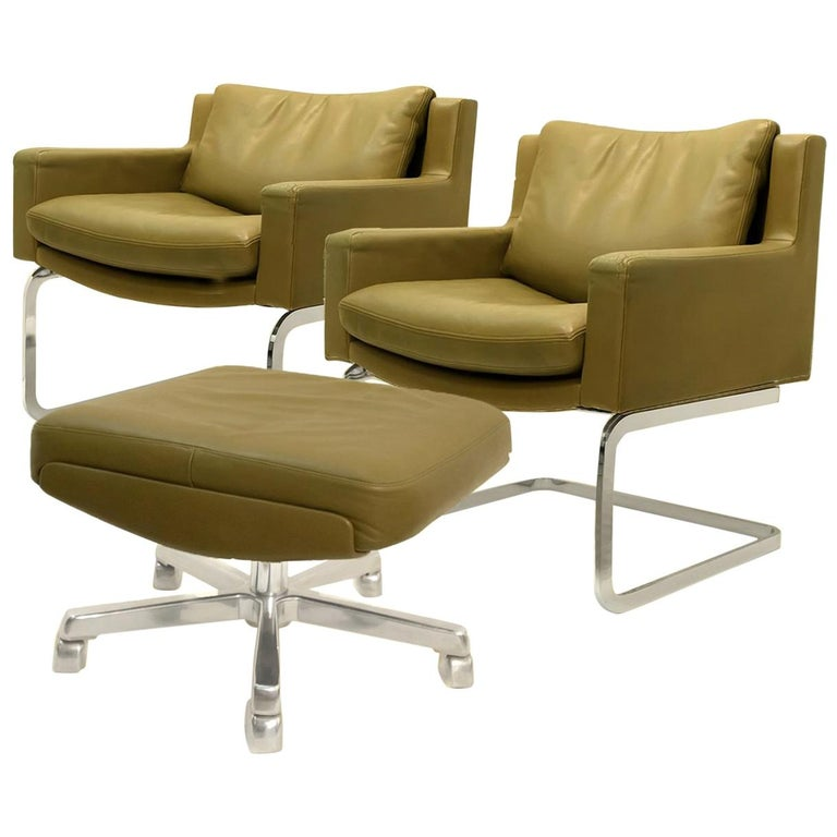 Pair of Executive Armchairs and Hocker by Robert Haussmann for the Sede For Sale