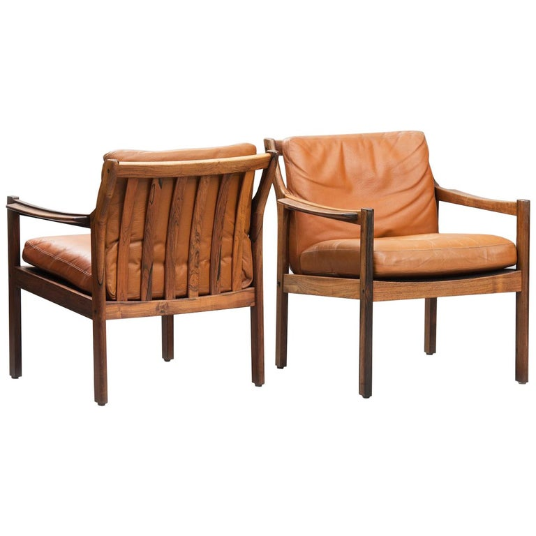 Mid-Century Modern Danish rosewood Armchairs For Sale
