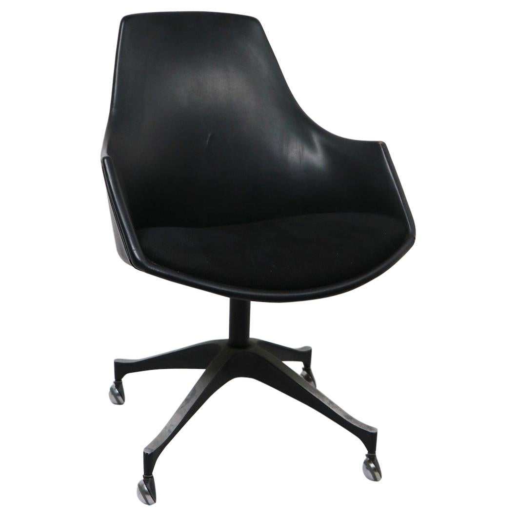 Mid Century  Swivel Chair by I. V. Chair Company Brooklyn NY