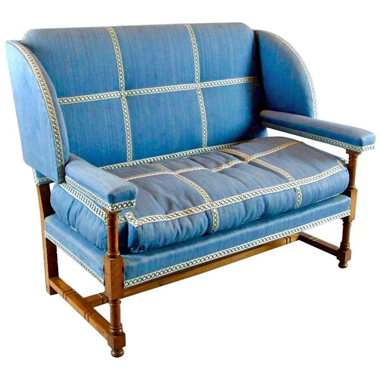 English Walnut Settee by Morant & Co., Bond Street, Provenance Cowdray Park For Sale
