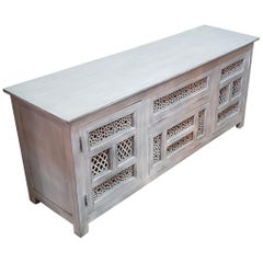 Moroccan Wooden Media Stand, Silver Wash