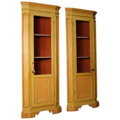20th Century Lacquered and Painted Wood Pair of Italian Corner Cupboards, 1960