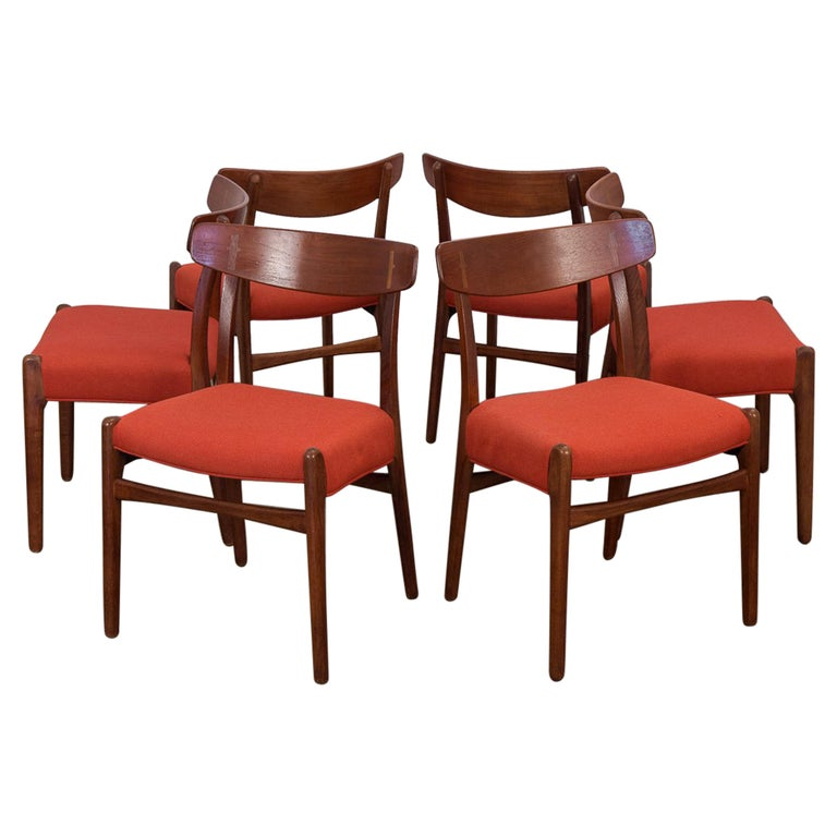 Set of Six Hans J. Wegner Ch-23 Dining Chairs for Carl Hansen For Sale