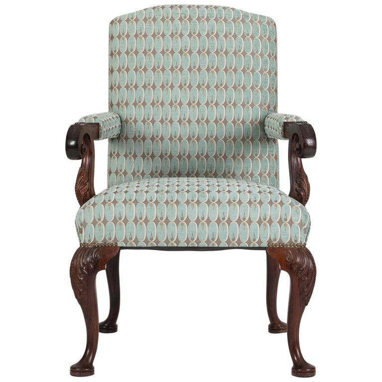 Hand Carved English Georgian Style Armchair in Kravet Fabric, Late 19th Century For Sale