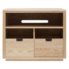 Dovetail Vinyl Storage Cabinet 2 x 1.5 with Equipment Shelf