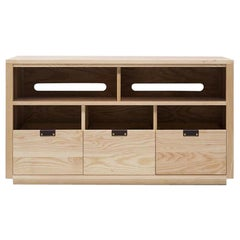 Dovetail Vinyl Storage Cabinet 3 x 1.5 with Equipment Shelf