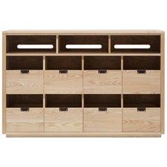 Dovetail Vinyl Storage Cabinet 4 x 2.5 with Equipment Shelf