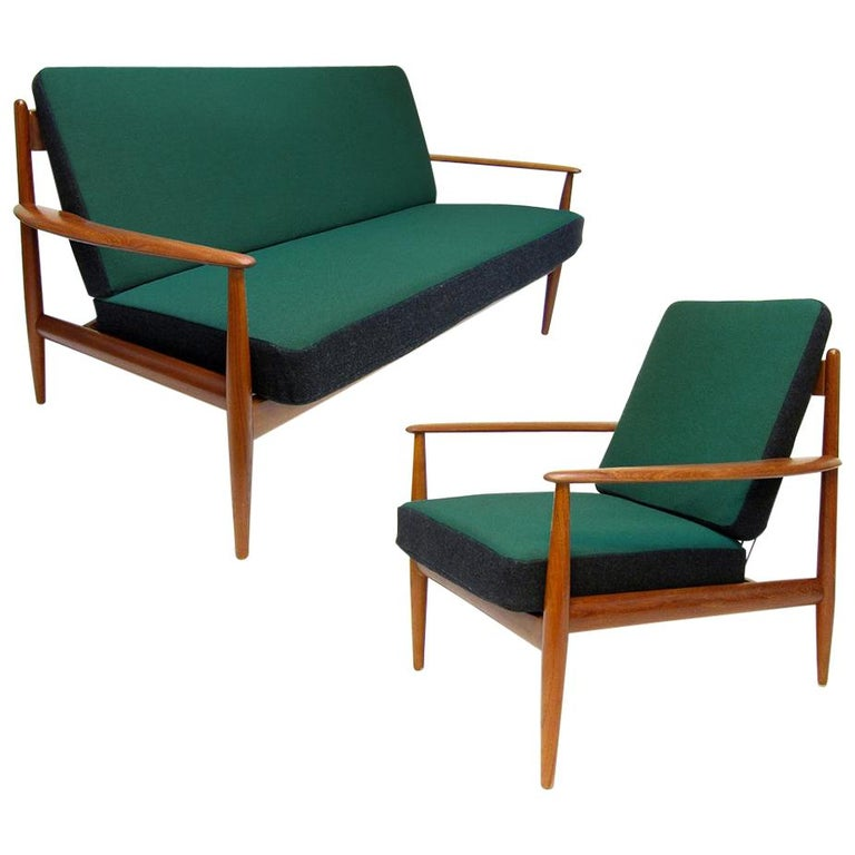 Danish 1950s Sofa and Lounge Chair Set in Jade Kvadrat by Grete Jalk For Sale