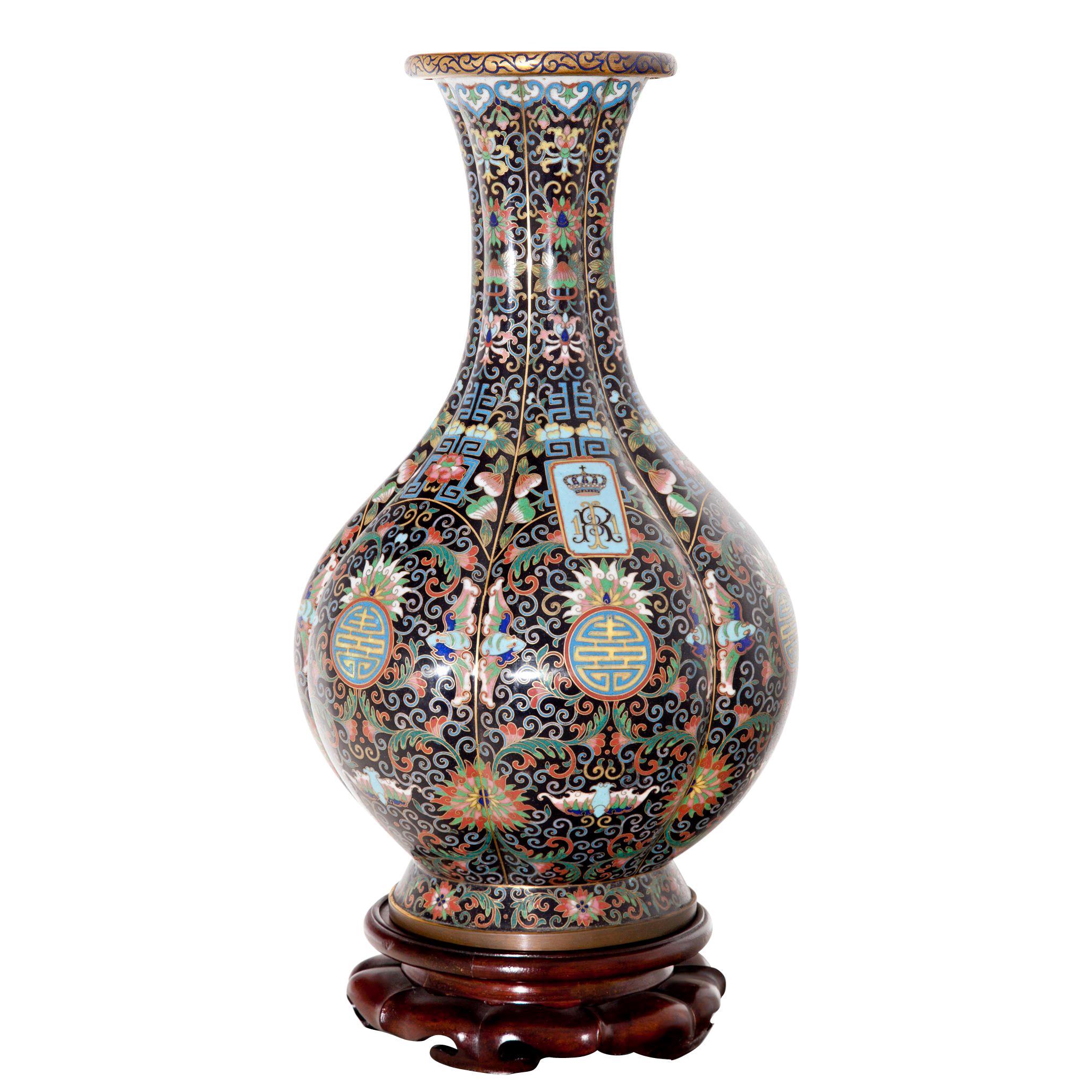 Cloisonné-Vase, circa 1900