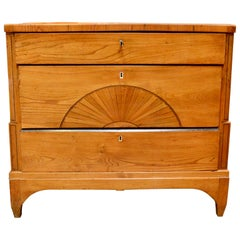Danish Early 19th Century Biedermeier Pine Dresser