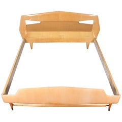 Midcentury bleached maple wood Double Bed Silvio Cavatorta for Dassi  Italy 60s