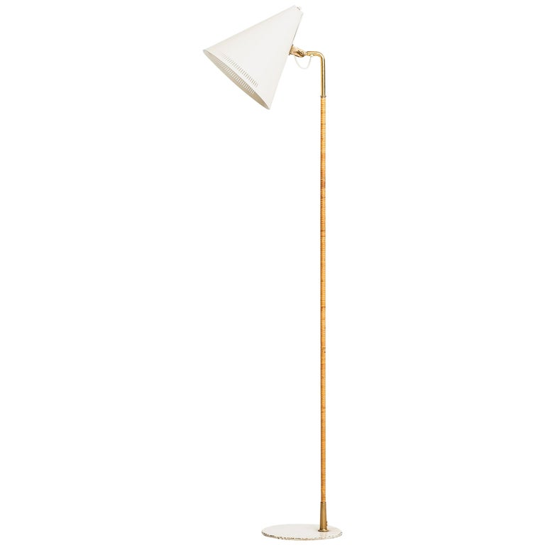 Paavo Tynell Early Floor Lamp Model K-10-10 by Taito Oy in Finland For Sale