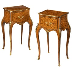 19th Century Gillows Pair of English Kingwood Bedside Cabinets or Nightstands