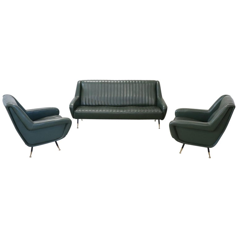 20th Century English Design Green Leather Living Room Set or Salon Suite, 1970s For Sale