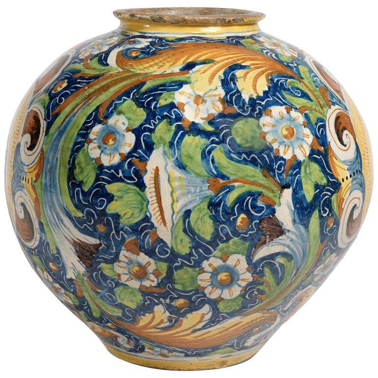 16th Century Renaissance Italian Maiolica Vase Venice, circa 1570  For Sale