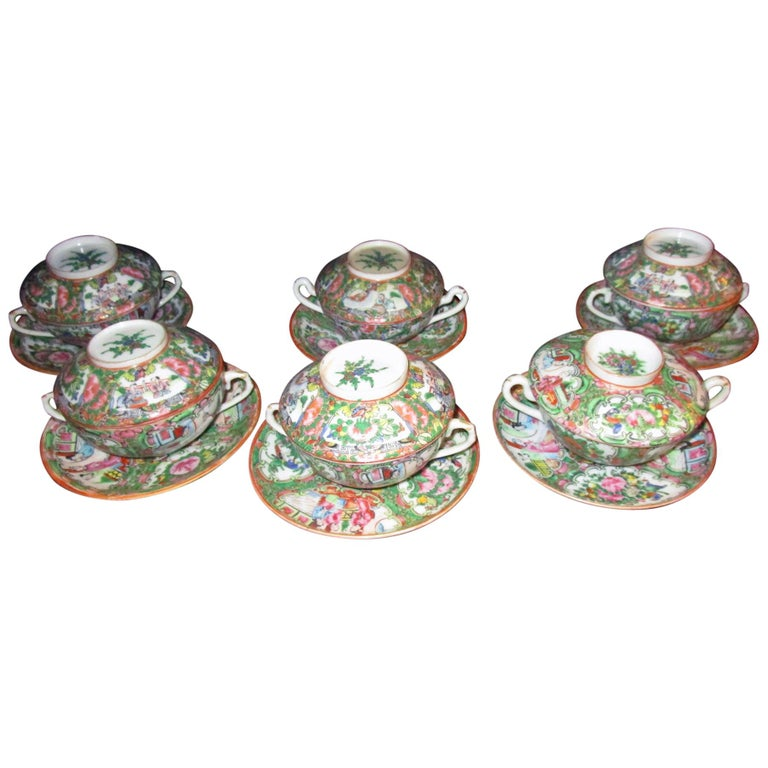 Chinese Qing Rose Medallion Porcelain Lidded Soup Rice Bowls with Saucers Set For Sale