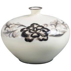 Japanese Cloisonné Cream Enamel Vase by Ando, circa 1930