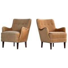 Peter Hvidt Orla Molgaard Pair of Classic Danish 1940s Lounge Chairs in Mohair