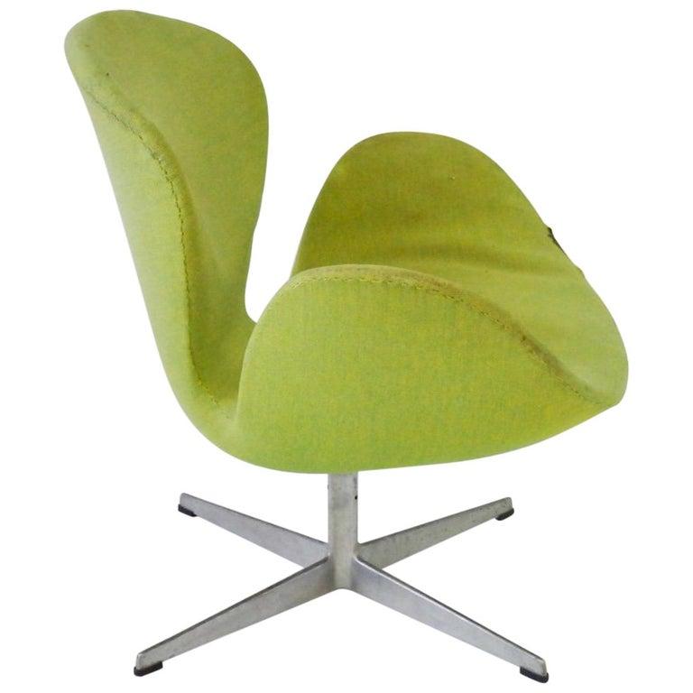 As Found Arne Jacobsen for Fritz Hansen Adjustable Height Swan Chair For Sale
