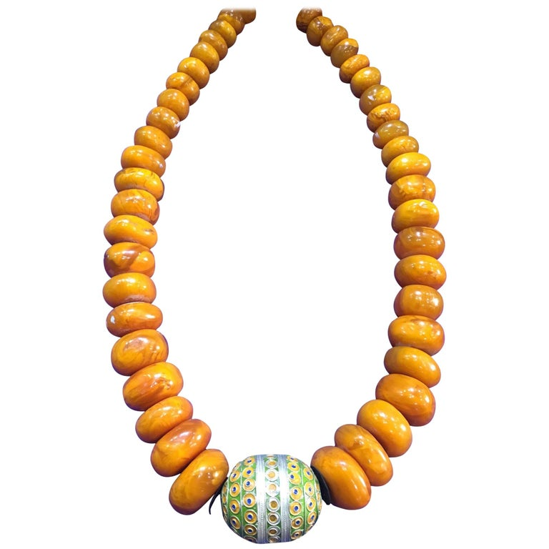 1960s Amber Copal Moroccan Statement Necklace, Large Silver Enamel Egg Bead For Sale