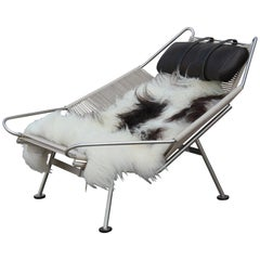 Hans Wegner Flag Halyard Chair PP225 with Leather Pillow and Sheepskin Throw